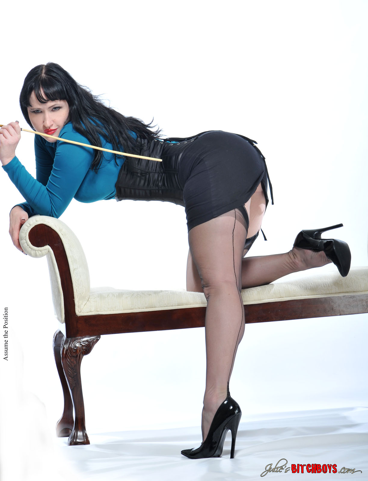 High heels dominatrix pantyhose